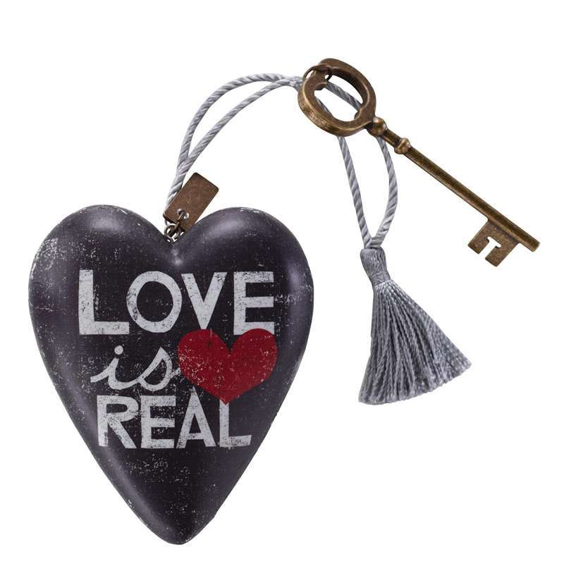 Art Heart Love is Real Figür