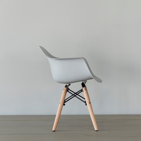 Iconic Kids - Iconic Kids Kolçaklı Çocuk Sandalyesi Gri